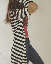 Noir cardigan tricoté en Ligne-Vente en gros-2016 printemps automne femmes pull noir et blanc rayé pulls à manches longues tricoté cardigan femmes Tops