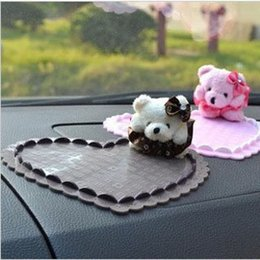 Cartoon anti slip mat car Slip pad mobile phone Anti skid pad for vehicle Can be placed in the car, such as the instrument stand anywhere