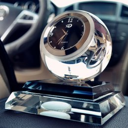 Wholesale Car decoration supplies automotive car accessories watches with crystal ball crystal perfume seat car interior decorations
