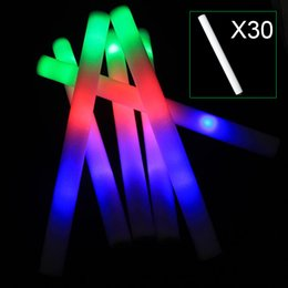 2017 flan de mousse led Vente en gros - Multi Color Light Up LED Bagues à mousse Stick Rally Rave Cheer Batons Party Flashing Glow Stick Light Sticks 30pcs abordable flan de mousse led