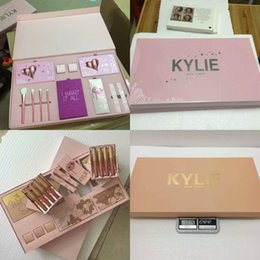 Kylie Jenner I WANT IT ALL The Birthday Collection Makeup Set Eyeshadow Palette Cosmetics Lip Gloss Kylie Vacation Edition take me love