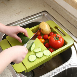 Wholesale Multifunction Chopping Block Fruit Meat Vegetable Kitchen Rectangle PP Cutting Boards Cooking Tools With Basket Can Drain Water LJJP433