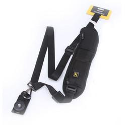 Nuevo bolso de hombro de la cámara Solo hombro Sling Negro Correa Correa Eslinga Esponja Pad para Canon para Nikon para Sony DSLR Cámara desde bolsas de honda de la cámara proveedores
