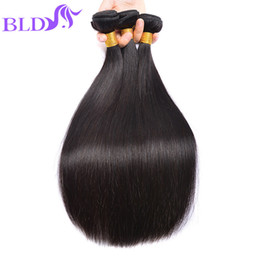 2017 natural hair wholesale india El pelo brasileño al por mayor de la trama del pelo humano de la Virgen al por mayor del pelo recto de la trama del pelo brasileño agrupa al indio peruano 3 paquetes Envío libre presupuesto natural hair wholesale india