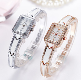Hot Elegant Crystal Bracelet Band Ladies Wristwatches Simple Design Women Quartz Watch Gold Square dail Stainless Steel Relogio Feminino
