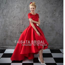 Promotion robe formelle bas dos rouge Haute qualité unique haut bas V robes de bal du cou 2017 rouge avant court court retour formelle robe de ceinture sans manches élégant soir des robes de soirée