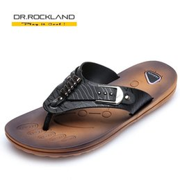 Wholesale New Famous Fashion Summer Outdoor House Leather Flip Slip Beach Men s Sandals Brand High Quality Men Casual Sandals For Man