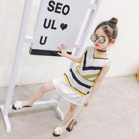Princess Yibi than the 2017 summer new Korean girls casual striped T-shirt + short skirt two suit