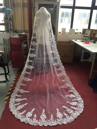 New Hot Sale Lace Edge Bridal Veils Floor Length 3 Metres One Layer Wedding Veils Cheap Bridal Accessories Custom Made CPA788