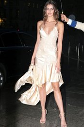 Wholesale 2016 sexy prom dresses spaghetti straps applique lace satin high low Taylor Hill celebrity party gowns zipper back vestidos de novia