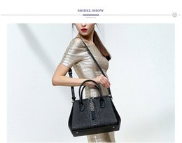 Pmsix 2017 Leather New Calf leather Women Bag Crocodile Pattern Large Package Fashion Shoulder Bag P120065