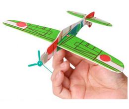 Descuento planeadores de bricolaje Venta al por mayor tan fácil Segunda Guerra Mundial Foam Glider Assorted Power Prop Flying Gliders Avión Avión Niños Niños DIY Puzzles Juguetes