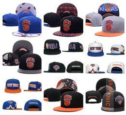 Descuento sombreros casual para los hombres 2017 Fashon New York Gorras ajustables del Snapback de los knicks Sombrero del sombrero del sombrero barato de la gorrita tejida del casquillo del baloncesto de los millares