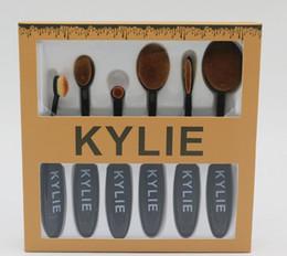 Promotion outils gratuits d'expédition Le plus nouveau Kylie Oval Maquillage Brosse Cosmétiques Foundation BB Crème Poudre Blush 6pcs / set Maquillage Outils DHL Livraison gratuite