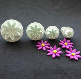 4Pcs Set Sunflower Plunger Daisy Flower Cookie Cake decorating tools Cupcake Kitchen fondant Kitchen accessories Cake mold Stand