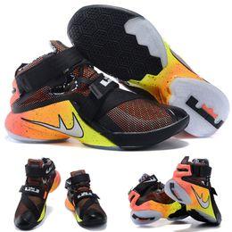 Cheap Sale Wholesale Hot Sale Air LeBron Zoom Soldier 10 James Black Bright Citrus 810803-098 Men's Blacketball Shoes EUR 40-46 à partir de soldats lebron noir fabricateur
