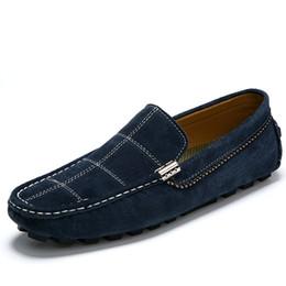2017 la conception de chaussures de couleur Hommes Chaussures en cuir véritable Mocassins faits à la main Mocassins respirants Design Superstar Fashion Walking Flat Chaussures en cuir souple en cuir chaussures de couleur mixte la conception de chaussures de couleur ventes