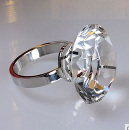 Wholesale Napkin Rings with big k9 Crystal colorful Diamond Romantic Table Decoration paperweight Event Essencial