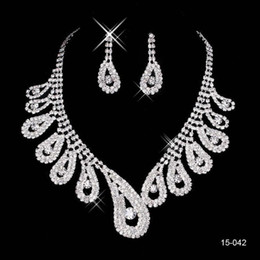 2017 New Jewelry Necklace Earring Sets Cheap Wedding Accessories Bridal Prom Cocktail Evening Dresses Rhinestone 15-042 In Stock