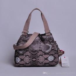 2017 New Nylon shoulder bag messager bag women bag defea K15257.