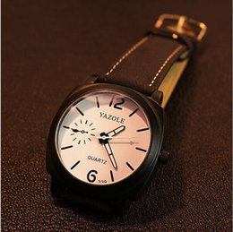 The Korean version of the watch and trend big black box watches and large dial quartz watch and free transport
