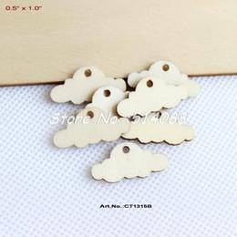 Promotion trous bois Grossiste (150pcs / lot) 25mm nuage vierge en bois inachevé avec fête de bébé Nursery rustique du trou 1