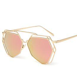 Wholesale LauraFairy Polarized UV400 Fashion Men Women Sunglasses TR90 Full Rim VintageTravel Driving Fishing Party Retro Designer Sunglasses