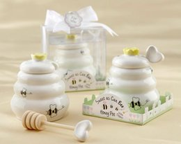"""New Arrival Factory Directly Sale Fast Delivery Factory Directly Sale Wedding Favor """"Sweet As Can Bee"""" Ceramic Honey Pot With Wooden Dipper"""
