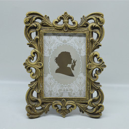 "4x6"" and 5x7"" Vintage Picture Frames Bronze Creative Resin Photo Frame with Classic Hollow up Around Edging Design"