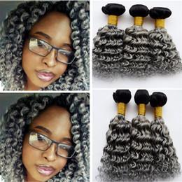 Acheter en ligne 24 profonds faisceaux de cheveux bouclés-Ombre Deep Wave cheveux perruque vierge tresses 3Pcs 1B Grey Dark Roots deux tons Ombre Deep cheveux bouclés cheveux extensions