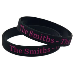 Wholesale 100PCS Lot The Smiths - The Queen Is Dead Silicone Bracelet Wristband Perfect Gift for Music Fans