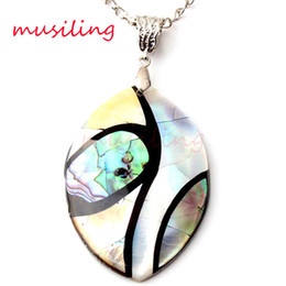 Wholesale Pendant Necklace Chain Horse Eye Abalone Shell Pendant Alternate Splicing Pendant Accessories Silver Plated European Trendy Jewelry