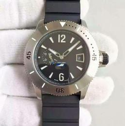 Eaux fraîches à vendre-Automatiques mécaniques hommes montre imperméable à l'eau résistant cool cool montre-bracelet sport occasionnels