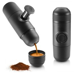 Wholesale Mini Manual Portable Coffee Maker Manually Handheld Pressure Espresso Coffee Machine Pressing Wacaco Machine small coffee machine