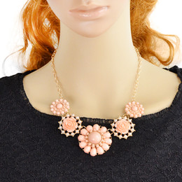 Fashion Chunky Necklace Charming Colorful Created Gemstone Jewelry Flower Necklace
