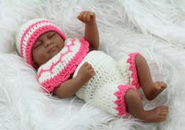 28cm Eye Closed Baby Girl Doll Black Skin Realistic Reborn Baby Doll Soft Silicone Vinyl Newborn Baby Girl Kids Child Gift Toy
