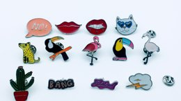 13pcs mixed fashion brooch, pin accessories, provide production.Used for denim jackets, hats and other decorative brooches