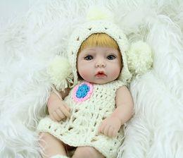 28cm Eye Open Realistic Reborn Baby Girl Doll Soft Silicone Vinyl Newborn Baby Girl Kids Child Birthday Present Gift Toys