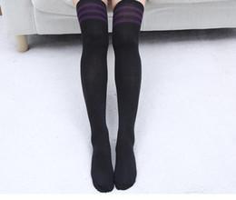 porono x filles sexy en chaussettes