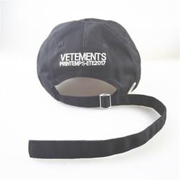 Descuento sombreros casual para los hombres VETEMENTS 2017 Casquillos de Snapback del monopatín de Streetwear de los hip hop de los hombres Casquillos de Snapback del nuevo de la manera de Vetements de la puntada de los hombres