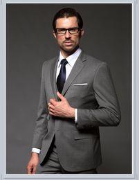 2017 trajes de la astilla Sliver Groom Smokings Groomsman Suit (Jacket + Pants + Tie + Vest) trajes de la astilla oferta