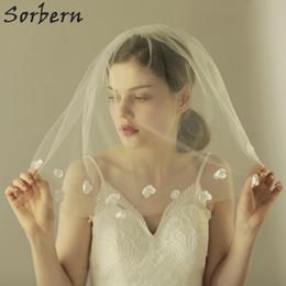 Sorbern Ivory Flower Petals Bridal Veils Blusher Wedding Veil With Combs Veu De Noiva Longo Flower Edge Shoulder Length Bridal Accessories