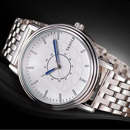 2017 the lowest price high-end brand leisure business watch fashion steel band quartz watch hot sale