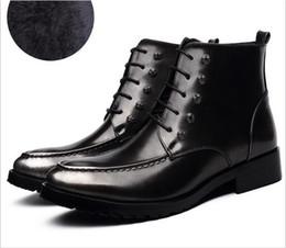 Wholesale Hot Winter New styles Fashion Men boots bright skin Genuine leather boots men s rivet manual brush color British wind men s boots colour