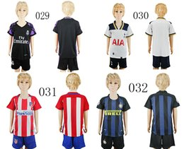 Wholesale Kids Jersey Real Madrid Barcelona Chelsea Atletico Sports Kids Soccer Jerseys football shirts Customized Children Football Jersey set
