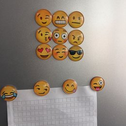Wholesale Free DHL QQ Expression Emoji Fridge Magnet Cute Cartoon Fashion Crystal Glass Fridge Magnets Funny Refrigerator Toy XL P44