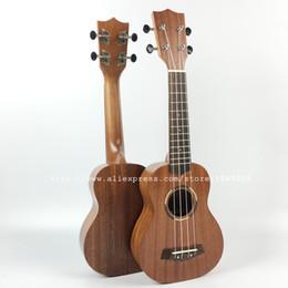 Descuento guitarra acústica de nylon ¡Venta al por mayor GRANDE! 21 pulgadas Soprano acústico ukulele, Ukelele guitarra, guitarra de Hawaii + bolsa de nylon + correa, Uke cuatro instrumentos de 4 cuerdas