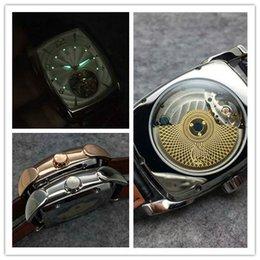 Los mejores relojes de moda de calidad en venta-P1000340BB Los hombres famosos de la manera de los logotipos famosos de la manera de la mejor marca de fábrica famosa del reloj de los hombres con la caja liberan el envío