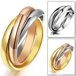 2017 bague de fiançailles en titane or Ring Size 6-12 Titanium Anneaux de mariage en acier Bague de fiançailles bague de fiançailles en titane or sur la vente