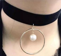 Simple Flannelette Chokers Personnalité Créative Metal lap pearl Chokers Bijoux à partir de métal rodage fournisseurs